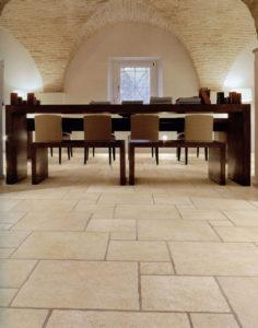 Carrelage intérieur sol classique par Logis Décor Luxembourgr