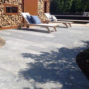 Terrasse granit Logis décor